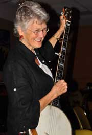 Peggy Seeger - Folksong as a Guerrilla Warfare