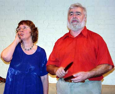 Margaret Walters and John Warner in the April 2000 performance of Yarri at the University of Sydney