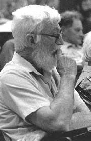 Bill Scott at the National Folklore Conference at Kuringai CAE in the early 80s.