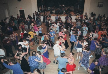 Some of over 400 happy dancers at the Snow Ball. (Photo: Jeanette Mill.)